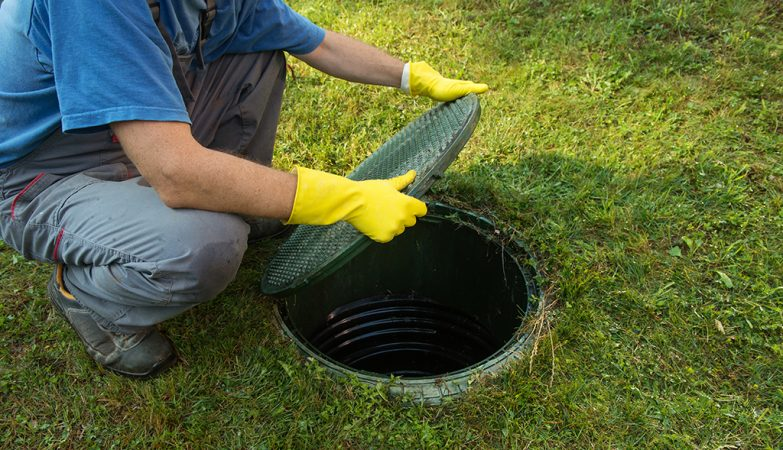 the-most-common-reasons-that-clog-the-sewer